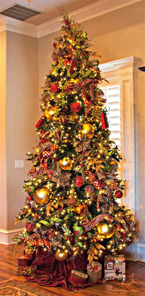 christmas tree theme show  decorating