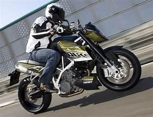 Avis Mutuelle Des Motards : ktm superduke 990 2010 fiche moto motoplanete ~ Medecine-chirurgie-esthetiques.com Avis de Voitures