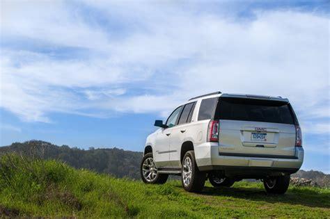 2015 Yukon Xl Vs Suburban by Comparison Gmc Yukon Xl Denali Suv 2015 Vs Chevrolet