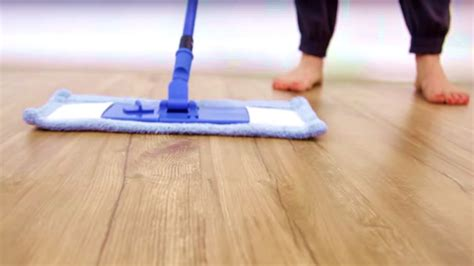 laminate flooring maintenance cleaning laminate floor cleaner day 9 31 days of diy cleaners clean my space