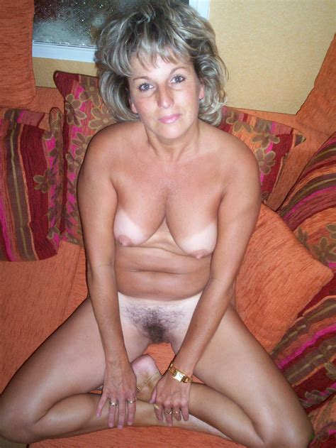 Amateur Hairy Mature Wife With Tanlines Tgp Gallery 310757