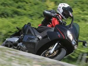 Aprilia Srv 850 Occasion : aprilia srv 850 abs atc 2012 hyperscooter sous contr le moto station ~ Medecine-chirurgie-esthetiques.com Avis de Voitures