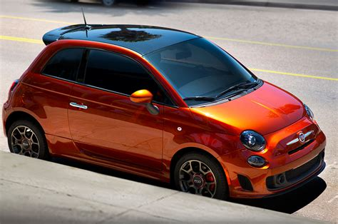 2018 Fiat 500 Turbo Cattiva Front Three Quarters Photo 3