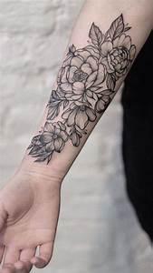 Tattoos Für Frauen Arm : 150 coole tattoos f r frauen und ihre bedeutung tattooideen tattoo ideen t towierungen und ~ Frokenaadalensverden.com Haus und Dekorationen