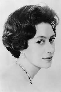 The Crown Season 2 Princess Margaret Nude Portrait Tony