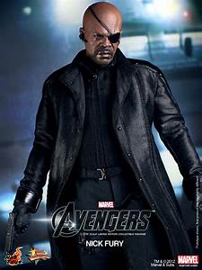 Hot Toys' The Avengers - Nick Fury