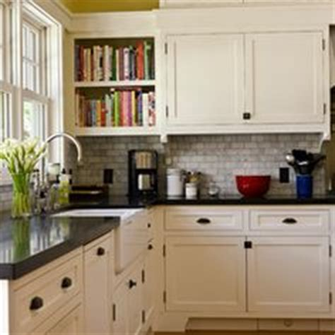 white kitchen cabinets best 25 craftsman kitchen ideas on craftsman 3656