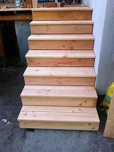 Holztreppe Selber Bauen : ausentreppe holz unterkonstruktion ~ Frokenaadalensverden.com Haus und Dekorationen