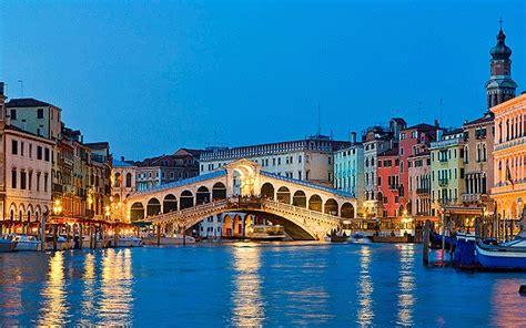 Charter Boat Venice by Venice Yacht Charter Am Charter