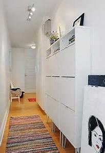 un long couloir bien amenage avec commode dans un With meuble rangement entree couloir 8 rangements et meubles pour lentree dune maison