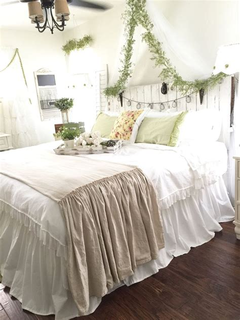 shabby chic linen bedding 25 best ideas about rustic chic bedding on pinterest