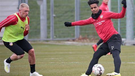 See actions taken by the people who manage and post content. VfB Stuttgart   Trainingsauftakt vor VfB Stuttgart ...