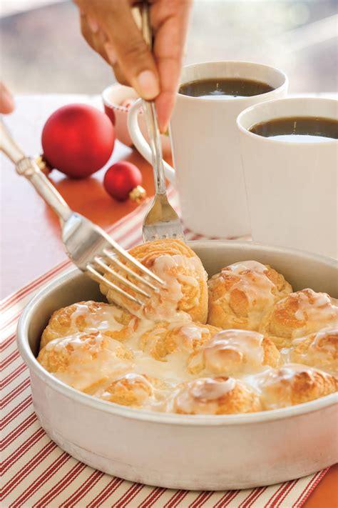 brunch ideas easy yeast rolls recipe southern living