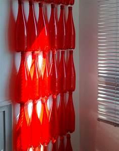 Deco De Noel Avec Bouteille En Plastique : ma d co avec des bouteilles de badoit rouge lavieenrouge ~ Dallasstarsshop.com Idées de Décoration