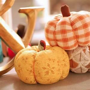 Une Citrouille Pour Halloween : comment faire une citrouille pour halloween en tissu pour ~ Carolinahurricanesstore.com Idées de Décoration