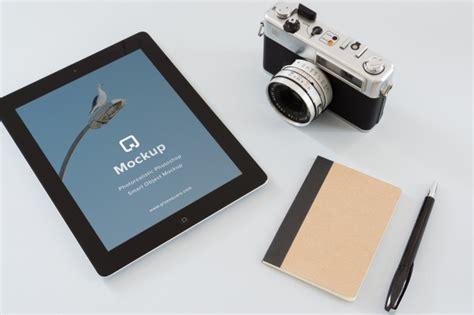 ipad  mirrorless camera mockup  psd designhooks