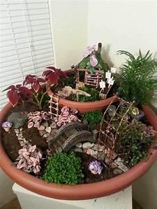 Rever De Jardin : 14 jardins miniatures qui vont vous faire r ver 21 jardin maisons miniatures pinterest ~ Carolinahurricanesstore.com Idées de Décoration