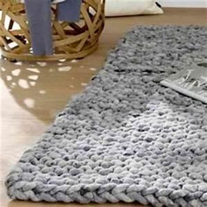 Runder Teppich Wolle : yarn on pinterest yarns stricken and wool yarn ~ Markanthonyermac.com Haus und Dekorationen