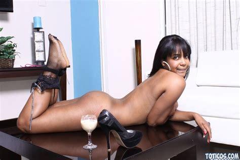 Bodacious Dominican Ebony Babe Photo Gallery Porn Pics