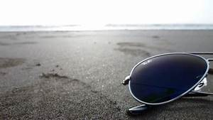 beach sunglasses blue light ray ban 1920x1080 wallpaper ...