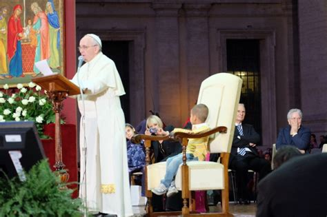 Pope Francis And The Little Boy Who Wouldn't Leave The