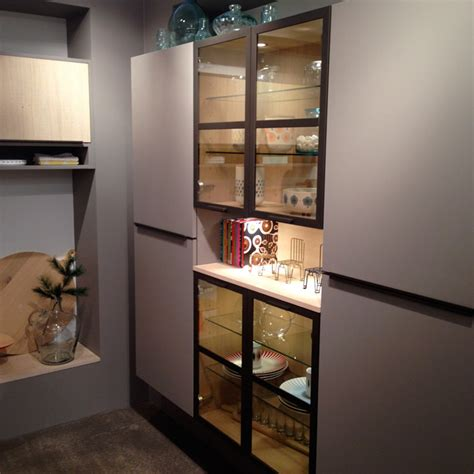 vitrine cuisine showroom mobalpa meubles cuisine vitrine