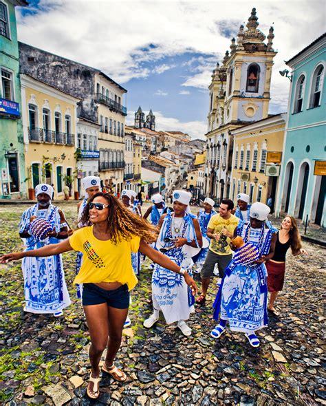 SALVADOR de Bahia, el carnaval cultural de Brasil