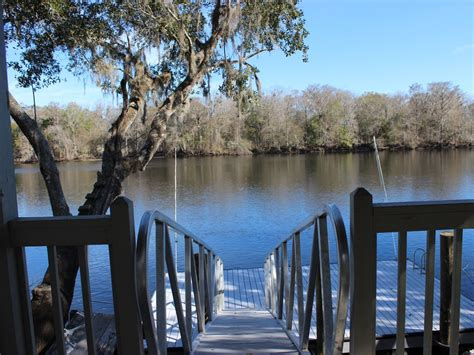 luxury suwannee river vacation rental family friendly town florida central gulf