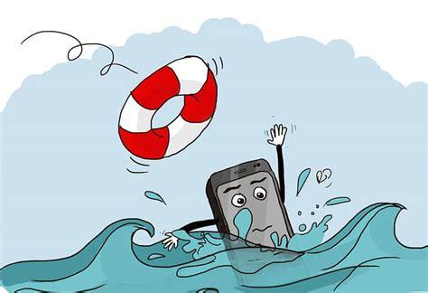 comment sauver votre smartphone s il tombe dans l eau