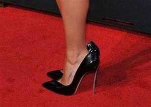 Semelles Chaussures Trop Grandes : chaussures trop grandes ~ Carolinahurricanesstore.com Idées de Décoration