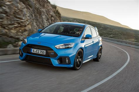 ford focus rs  drive review