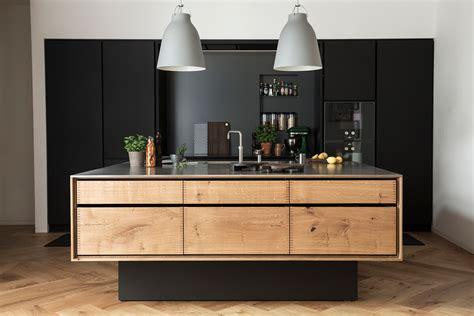 une cuisine en noir bois frenchy fancy