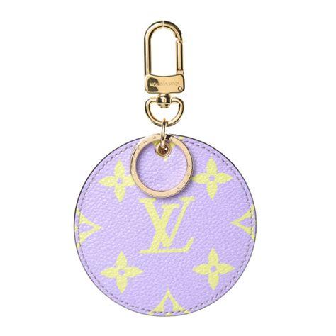 louis vuitton monogram giant bag charm key holder green