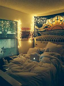 built tumblr bedroom with your own taste atzinecom With medium size room decoration for girls