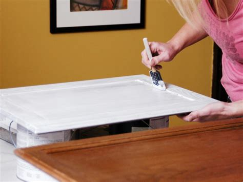 Refinishing Kitchen Cabinets Ideas - how to paint kitchen cabinets how tos diy