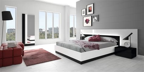 Grey And White Bedroom Furniture For Fascinating Interior