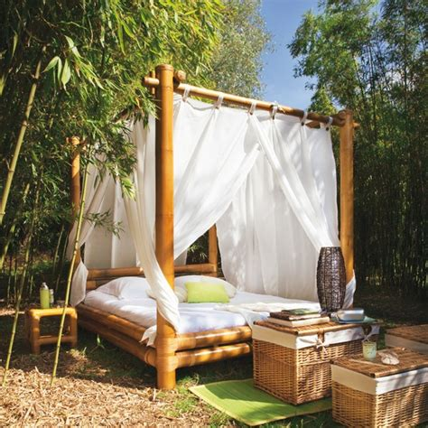 outdoor canopy beds 30 outdoor canopy beds ideas for a romantic summer freshome com