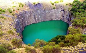 Big, Hole, With, Turquoise, Green, Water, Kimberley, South, Africa