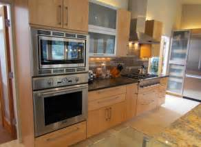 Leveling Cabinets For Granite Countertops by Kitchen Interactive Kitchen Decoration With Light Maple