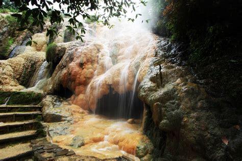 foto wisata baturaden purwokerto pemandian air panas