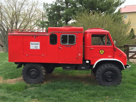 Unimog Mountain Climbing Brush Fire Pumper Truck For Sale