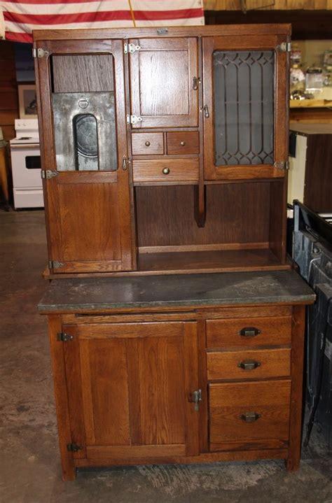 Antique 1920's Solid Oak Hoosier Cabinet By Red Wing