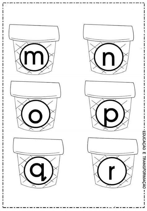 Pareamento de letras Jogo do alfabeto para recortar, colar
