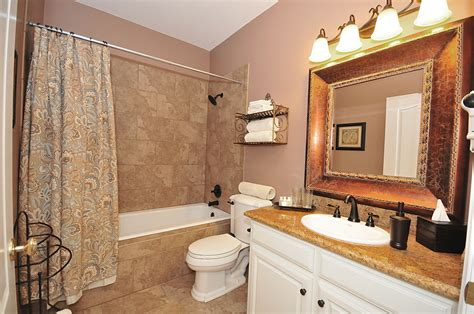 Brown Color Schemes For Bathrooms by Rooms 6 Thru 14 The Wildwood Inn