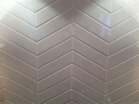 2x6 subway tiles in chevron pattern kitchens