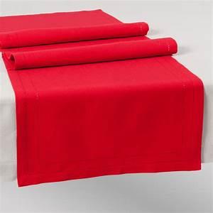 Chemin De Table Design : chemin de table uni en coton rouge l 150 cm maisons du monde ~ Teatrodelosmanantiales.com Idées de Décoration