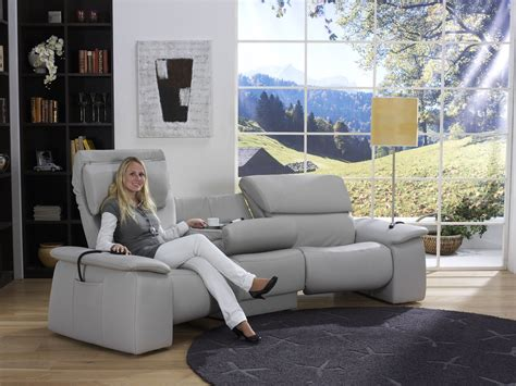 trapez sofa himolla cumuly trapez sofa 4032 sofas couches woont your home