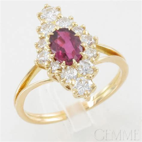 bague marquise or jaune rubis ovale diamant