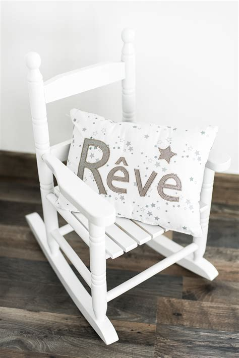 fauteuil a bascule chambre bebe trendy chaise bascule blanche faon bord de mer with
