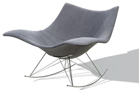 chaise à bascule pas cher fauteuil bascule eames pas cher palzon com